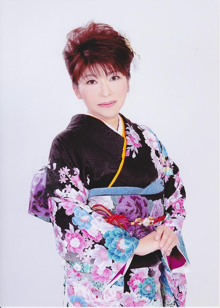 野村真希(のむらまき)